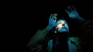 Digitaler Gottesdienst 3 Kachelbild Vertieft_Kurzfilm